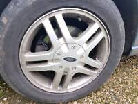 3 Ford alloy wheels with tyre