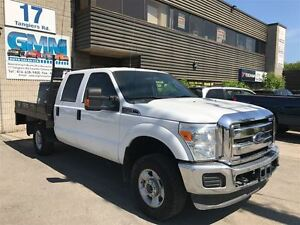 2011 Ford F-350 XLT Crew Cab Flat Bed Deck 4X4 Gas