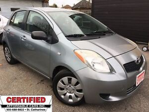 2008 Toyota Yaris LE ** LOW MILEAGE, 5 SPEED STANDARD **