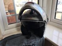 BARGAIN. CABERG MOTORCYCLE MOTORBIKE HELMET SIZE LARGE