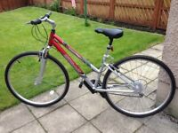 APOLLO, CROSSTRACK, It is in excellent condition, 26 inch wheels, 21 gears, 18 inch frame