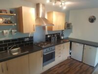 MODERN 2 BED 2 BATH APARTMENT, FURNISHED. 1 MILE FROM MANCHESTER CITY CENTRE