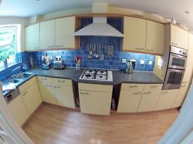 4 Bedroom house to rent in Surbiton