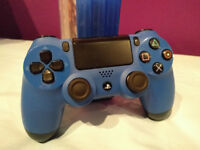 PS4 Controller Blue - great condition