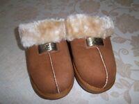 Brand NEW Ladies /Girls UGG MULE Slippers