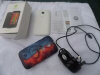 Motorola 2nd Generation Moto E Smartphone X 2