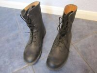 Size 14M Mens General Purpose Black Leather Boots