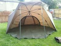 Fishing brolly/shelter