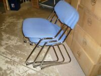 STACKING CHROME FRAME CANTILEVER VISITORS CHAIR --BLUE FABRIC