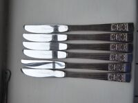 Silver Community Plate knives: 2 styles, 6 of each