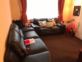 3 bed house, Burnage, close to transport, heading to City, university,schools, supermarkets, shop,