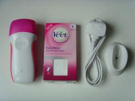 Veet EasyWax Electrical Warm Wax Roll on Kit