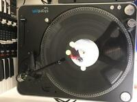 DJ turntable, 1 Stanton T62