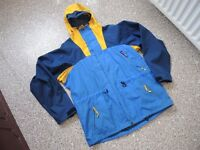 BERGHAUS VINTAGE GORETEX JACKET EX LARGE RARE AND COLLECTABLE BARGAIN