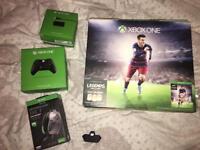 Xbox one Fifa 16 edition 500gb