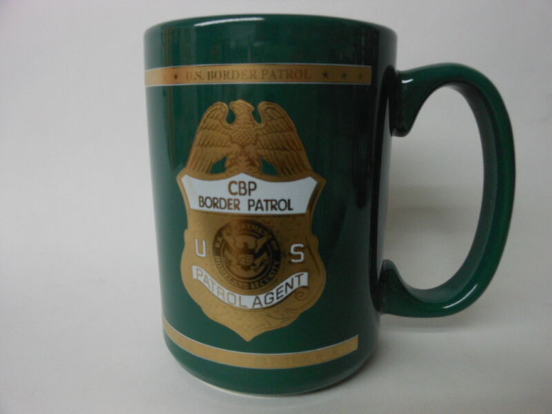 U.S. BORDER PATROL PORCELAIN COFFEE MUG GREEN GOLD ACCENTS NEW