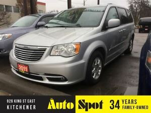 2011 Chrysler Town & Country Touring/PRICED FOR A QUICK SALE !