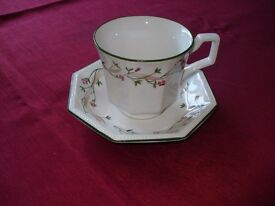 6 CUPS & SAUCERS (JOHNSON BROTHERS ETERNAL BEAU)