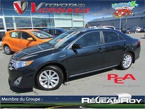 2012 Toyota CAMRY HYBRID -