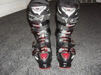 Atomic hawk 80 ski boots