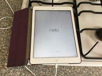 White Apple iPad Air 16GB (wifi+4G) currently on ee