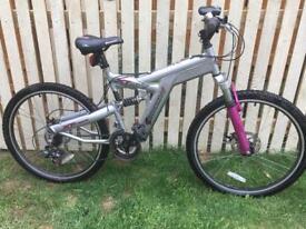 Shockwave XT975 mountain bike