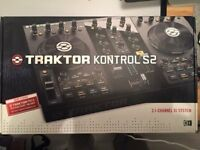 Traktor Kontrol S2 (Mk1) with Traktor License