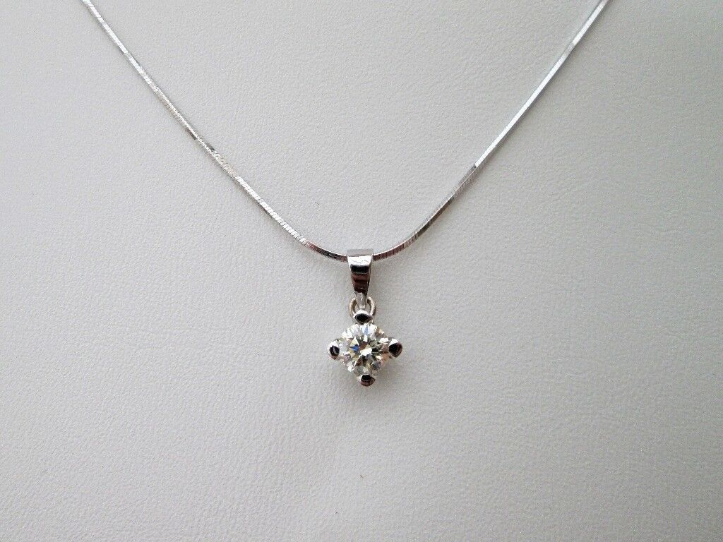 solitaire in pure necklace crislu pendant products brilliant platinum