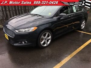 2014 Ford Fusion SE, Automatic, Sunroof, Only 49, 000km