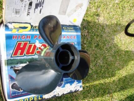 "propeller - aluminium - BNIB - 15 pitch 13 -3/4, fits 4 1/4 """