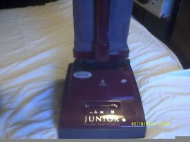 HOOVER JUNIOR in MINT CONDITION LIGHTWEIGHT VERSION has RARELY BEEN USED ++++++++