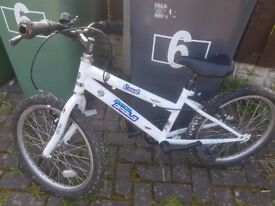 Boys' 16 inch bicycle