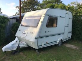 Small Caravan, great if you not much space, ready to go!