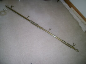 """LARGE GRABER CURTAIN ROD, ANTIQUE BRASS, VGC, SUITABLE FOR LARGE EXPANSE OF GLASS, 86"""" UP TO 146"""""""