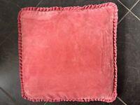 5 Rose Velvet cushion covers