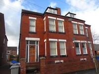 SPACIOUS ONE BEDROOM FLAT TO RENT IN URMSTON REDUCED