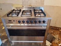 5 burner gas hob with electric oven