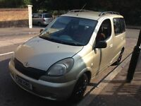 TOYOTA YARIS VERSO 1.3 ONE YEAR MOT SUPER ECONOMICAL AND VERY CHEAP TO INSURE SERVICE HISTORY