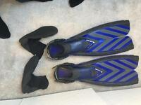 Scuba flippers and rubber boot/sock things