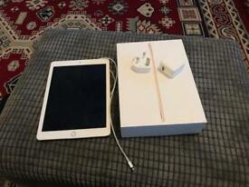 iPad Air 2 32GB WiFi + Apple Warranty