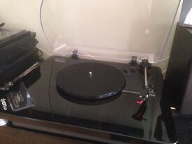 Record Player with Docking Station