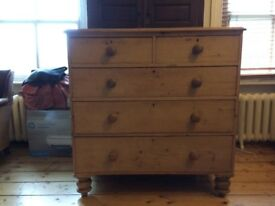Beautiful LargeVictorian pine chest of drawers