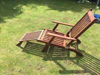 Hardwood lounger chair