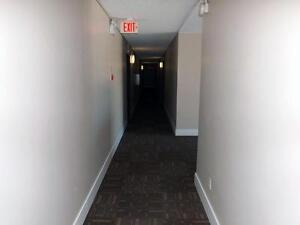 *FREE INTERNET* Newly renovated 1 bedroom suite for just $775/mo
