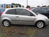 ford fiesta 1.4 2004 3 door silver white alloys full years mot