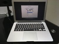 Apple MacBook Air 13.3 2017 8 Months Warranty 1.8GHz Dual Core i5 MQD32B/A