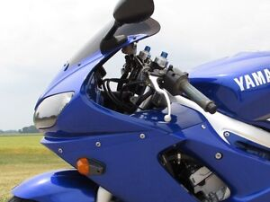 2001 yamaha  R6  Smooth, Clean, two good tires  Only $20/week London Ontario image 15