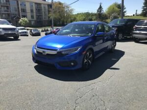 2016 Honda Civic Touring Leather, NAV, Adaptive cruise + more