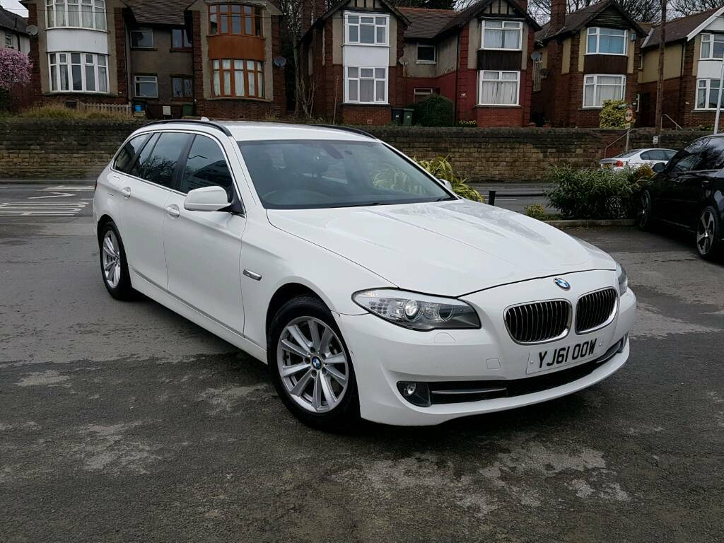 2012 bmw 5 series touring 530d se auto estate turbo diesel white f s h 1 owner in dewsbury. Black Bedroom Furniture Sets. Home Design Ideas