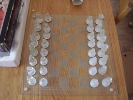 chess set class boxed lovley set with glass board